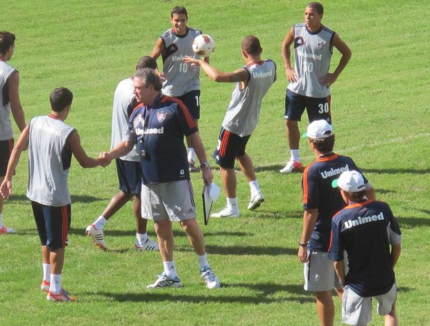 Novo uniforme de treino do Fluminense (Foto: Rafael Cavalieri / Globoesporte.com)