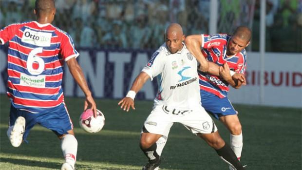 Fortaleza x Treze pela Série C do Campeonato Brasileiro (Foto: Tuno Vieira/Agência Diário)