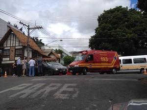 Ac idente ocorrreu no cruzamento entre as ruas São Paulo e Paraná (Foto: Eron de Paula/Divulgação)
