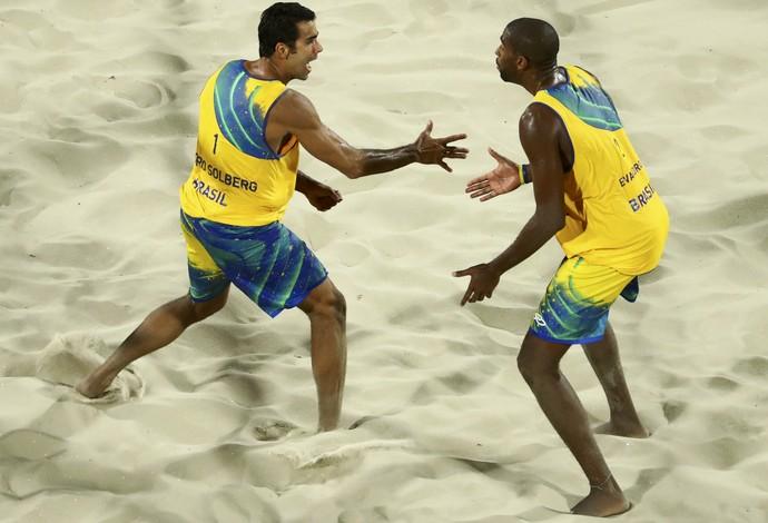 Arena do Vôlei de Praia - Pedro/ Evandro x Diaz/Gonzalez (Foto: REUTERS/Lucy Nicholson)