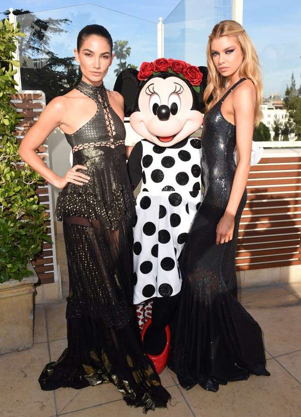 Lily Aldridge, Minnie Mouse e Stella Maxwell (Foto: Getty Images)