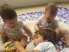 Pedro Scooby mostra momento fofo com filhos Ben, Dom e Liz reunidos