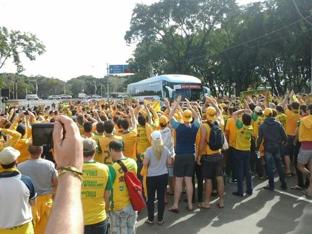 australianos recebem torcedores em porto alegre (Foto: Lucas Lima de Olveira/Arquivo Pessoal)