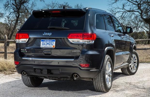 auto esporte jeep grand cherokee 2014 parte de r 185 mil. Black Bedroom Furniture Sets. Home Design Ideas