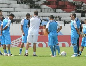 Santa Cruz treino (Foto: Aldo Carneiro / Pernambuco Press)