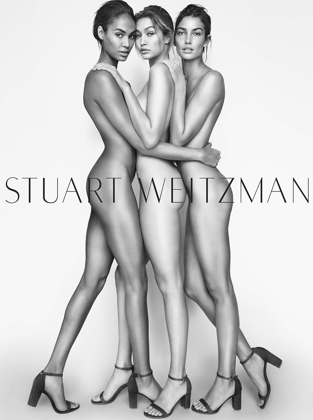 Acompanhada por Joan Smalls e Lilly Aldridge na campanha de Stuart Weitzman (Foto: Divulgação)