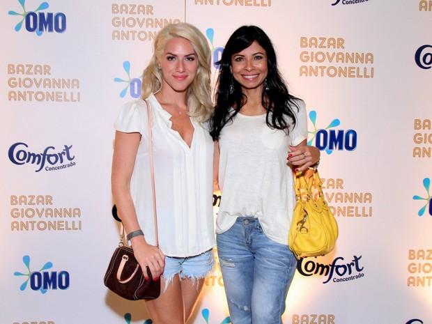 Giovanna Ewbank e Ana Lima (Foto: Alex Palarea / AgNews)