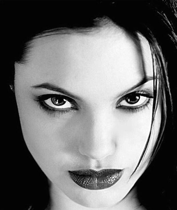 Angelina Jolie (Foto: Reprodução/Kate Garner)