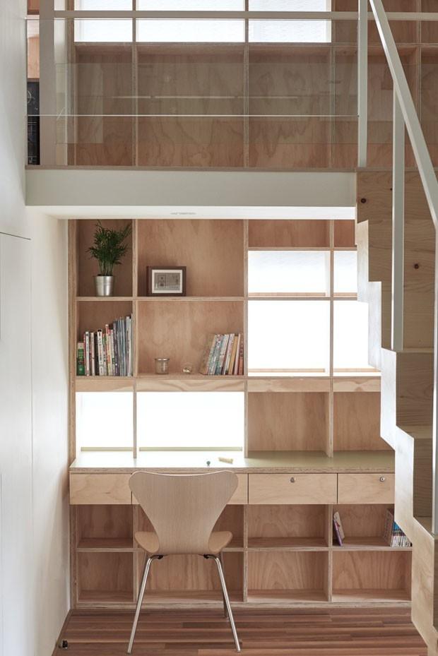 Décor do dia: claridade natural no home office (Foto: FOTOS HEY!CHEESE / DIVULGAÇÃO)