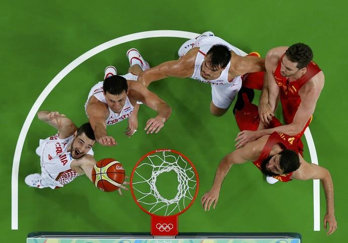 Espanha x Croácia (Foto: Reuters)