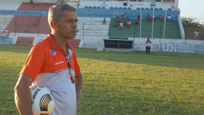 Marcos Nascimento, técnico do Esporte de Patos (Foto: Divulgação)