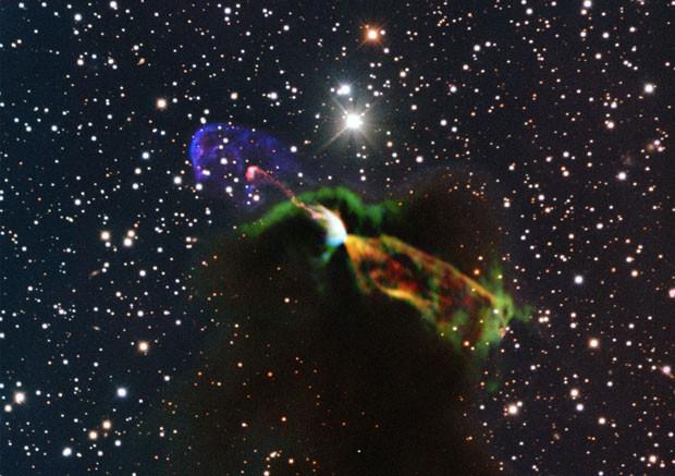 Imagens do Alma mostram estrela recém-nascida (Foto: ESO/Alma/AP)