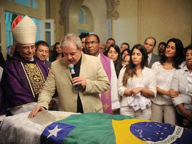 Lula compareceu ao velório de Marcelo Déda, em Aracaju (Foto: Marcelle Cristinne/ASN)