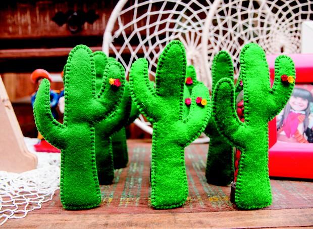 5. Cactos de feltro foram usados na decoração  (Foto: Bruna Jacubovski)