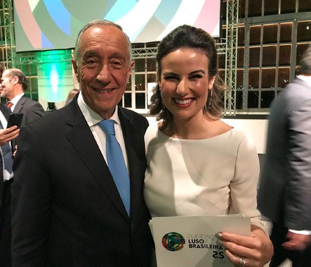 Úrsula Corona e o presidente de Portugal, Marcelo Rebelo de Sousa (Foto: Divulgação / Filomena Leite Castro)