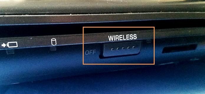 Ative o Wi-Fi do notebook usando um botão físico (Foto: Barbara Mannara/TechTudo)
