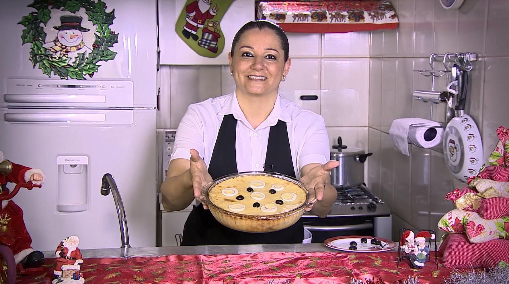Vovó Cristina ensina a fazer o Bacalhau Zé do Pipo (Foto: Programação/Rede Amazônica)