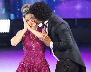 Mariana Santos encarna a Bela Adormecida no dia de valsa no 'Dança' (Foto: Carol Caminha/Gshow)