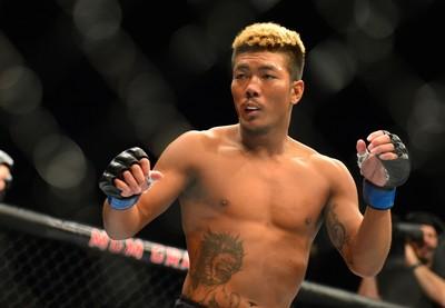 Teruto Ishihara x Julian Erosa UFC 196 (Foto: Jason Silva)