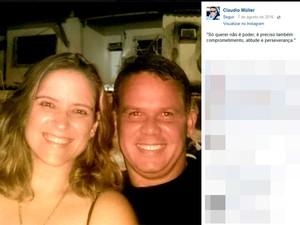 Subtenente da PM, Cláudio Guimarães Müller, junto com a mulher (Foto: Reprodução/Facebook)