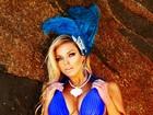 Musa! De maiô azul, Jéssica Lopes posa para ensaio de carnaval