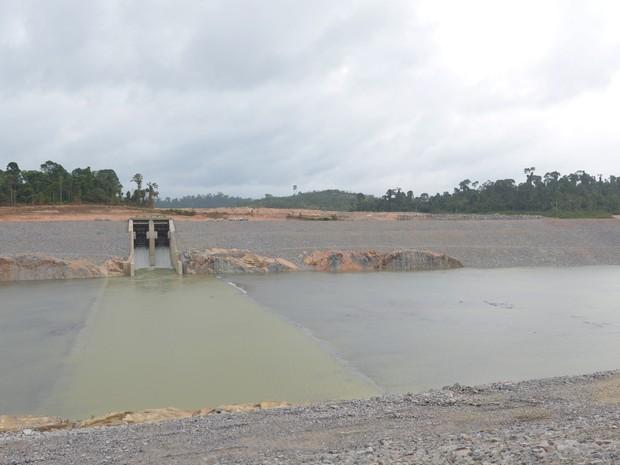 Vertedouro do canal de derivação da usina hidrelétrica de Belo Monte (Foto: Betto Silva/Norte Energia)