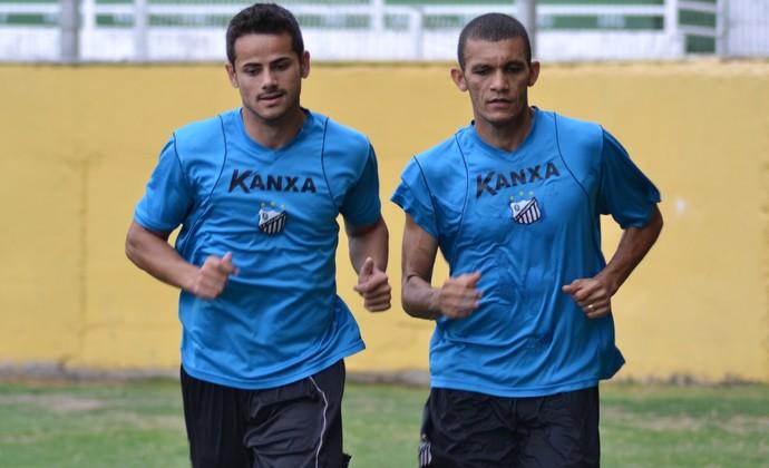 Atacante Cesinha Bragantino e Bruno Recife (Foto: Filipe Rodrigues)