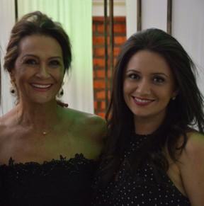 Ieda Wobeto com a filha caçula, Tanara Oliveira (Foto: Arquivo pessoal)
