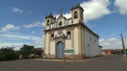 Reprise: Itatiaia, distrito de Ouro Branco, guarda igreja centenária
