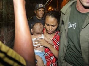 Esposa e bebê de oito meses foram libertados durante negociação (Foto: De Jesus/O Estado)