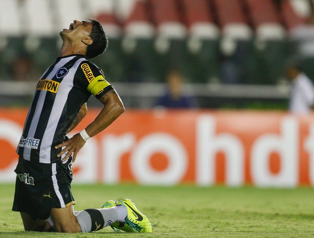 Renato Botafogo x Bangu (Foto: Alexandre Cassiano / Agência O Globo)