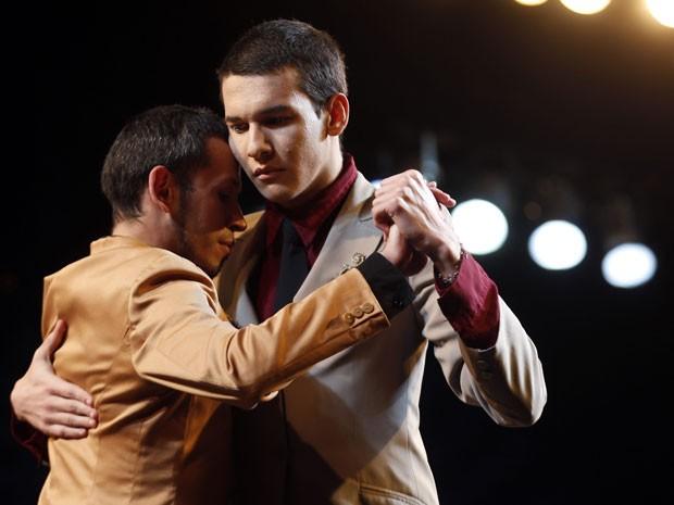 Daniel Alejandro Arroyo Miranda, da Venezuela, e Juan Pablo Ramirez, da Argentina, competem no festival (Foto: Enrique Marcarian/Reuters)