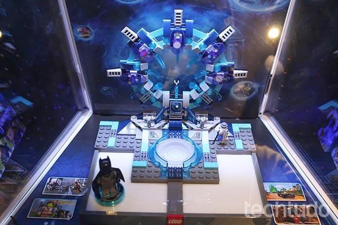 Lego Dimensions marca crossover entre personagens de mundos diversos. (Foto: Felipe Vinha/TechTudo)