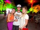 Alexandre Pato curte festa em Trancoso com a namorada