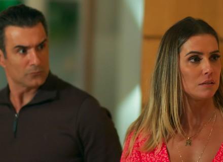 Tânia enfrenta climão em jantar com a família de Ricardo