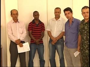 Autoridades reúnem para definir medidas de combate a dengue (Foto: Reprodução/TV Integração)