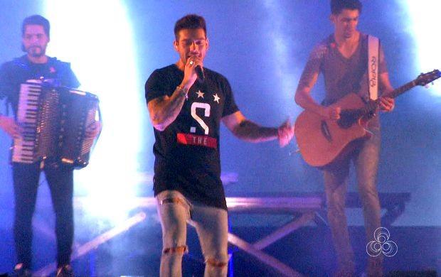 Cantor se apresentou pela segunda vez no Acre (Foto: Bom Dia Amazônia )