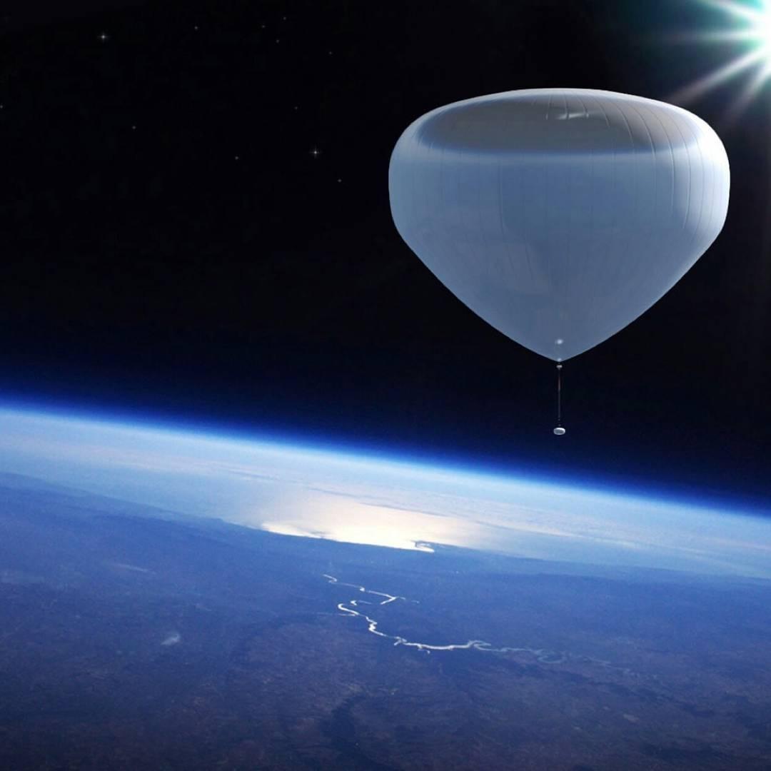 O projeto da Zero to Infinity, de Dimitris Bountolos, que quer criar um passeio turístico de balão pela atmosfera terrestre (Foto: Reprodução/Instagram)