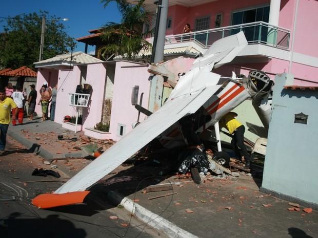 [Brasil] Queda de avião em Maricá-RJ faz prefeitura fechar o aeroporto Aviao
