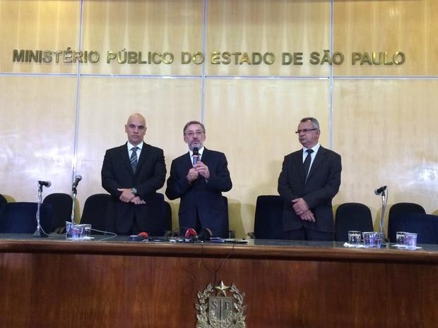 Reunião no Ministério Público  (Foto: Karina Godoy/G1)