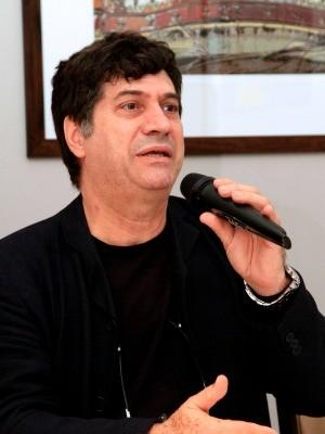 Diretor Artístico do Natal Luz, Luciano Alabarse, tenta aperfeiçoar resultados obtidos em 2012 (Foto: Cleiton Thiele/Serra Press)