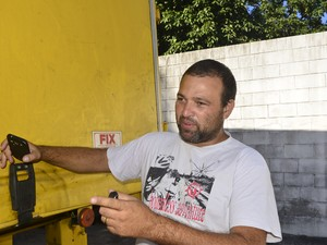 O motorista Carlos Alexandre já viu colegas de trabalho usando drogas  (Foto: Guilherme Ferrari/A Gazeta)