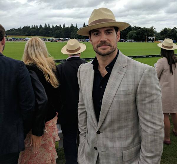 O ator Henry Cavill de bigode (Foto: Instagram)