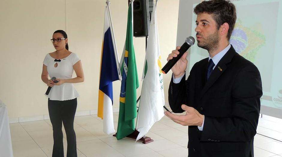 Ananda Carvalho e Guilherme Gonçalves, a diretoria eleita da Conaje (Foto: Divulgação)