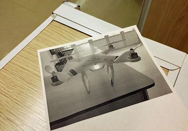 Drone que foi achado e depois sumiu ainda não chegou aos 'achados e perdidos' da FFLCH (Foto: Ana Carolina Moreno/G1)