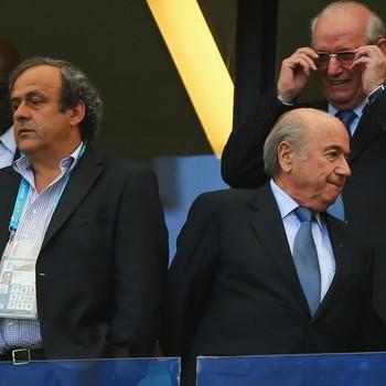 Joseph Blatter e Michel Platini banidos pela Fifa (Foto: Getty Images)