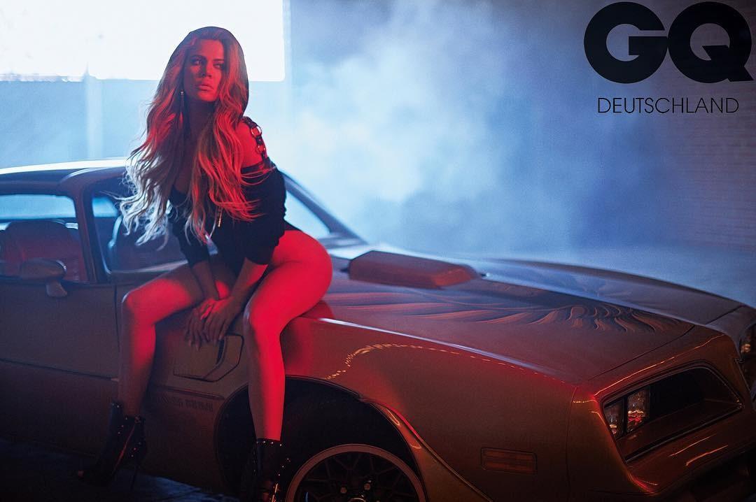 Khloe Kardashian na GQ alemã (Foto: Reprodução/Instagram)