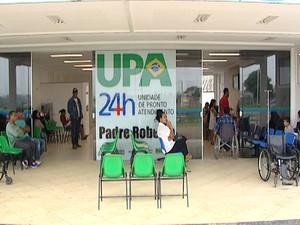 Criança está interada em Divinópolis agurdando transporte (Foto: Reprodução/TV Integração)
