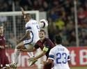 Sem Gabigol e com Miranda no banco, Inter perde para Sparta e vira lanterna