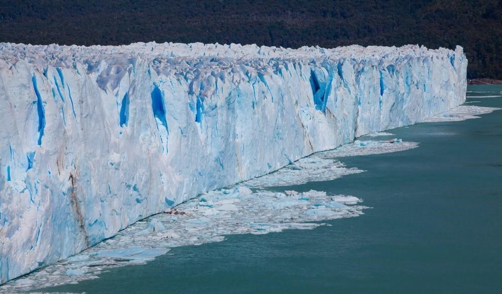 A imagem é meramente ilustrativa, já que a 'muralha de gelo' será subterrânea (Foto: Reprodução)